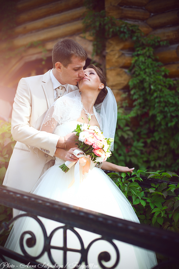 свадебная фотосессия в Измайловском Кремле